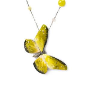 collana-pietre-con-farfalla-verde